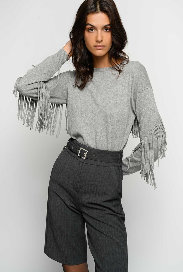 Pullover with fringe