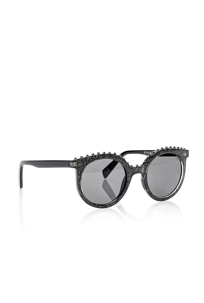 Gafas de sol con tachas