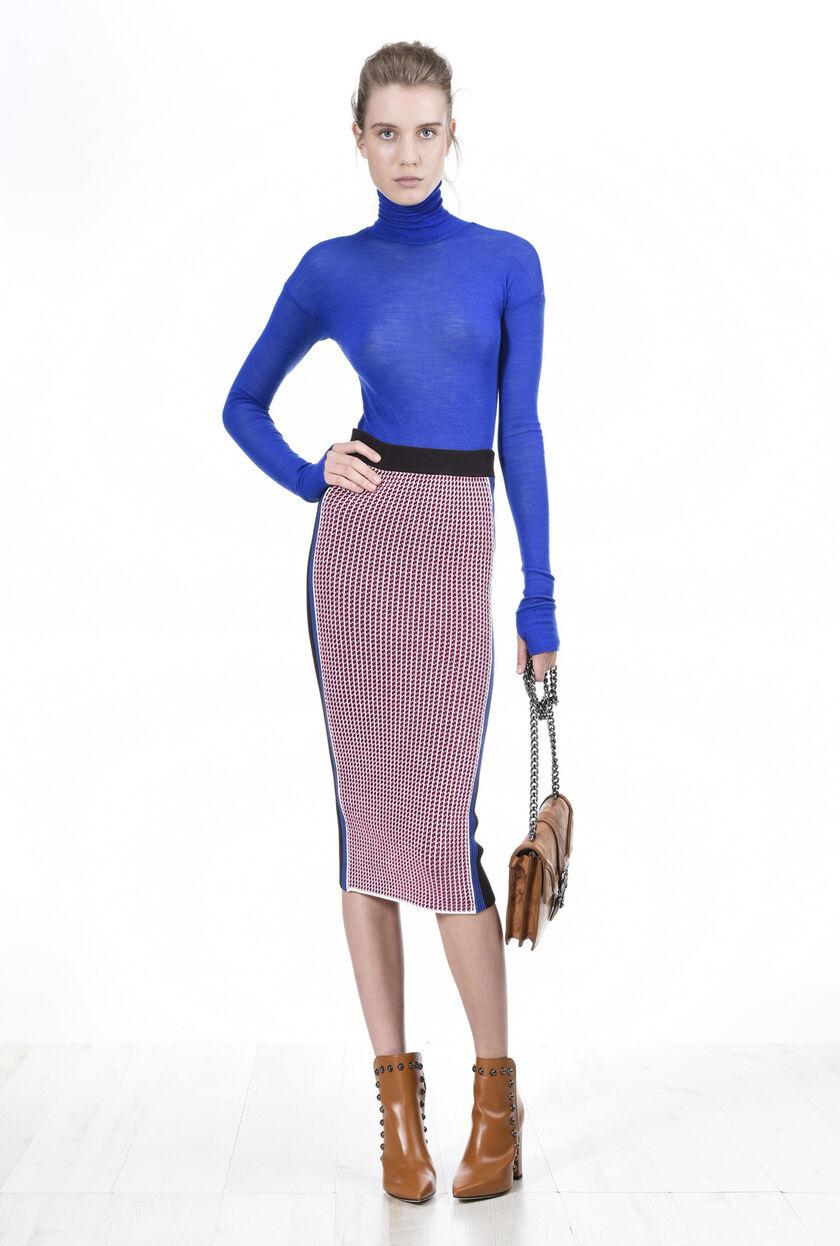 Falda elástica de chenilla y viscosa