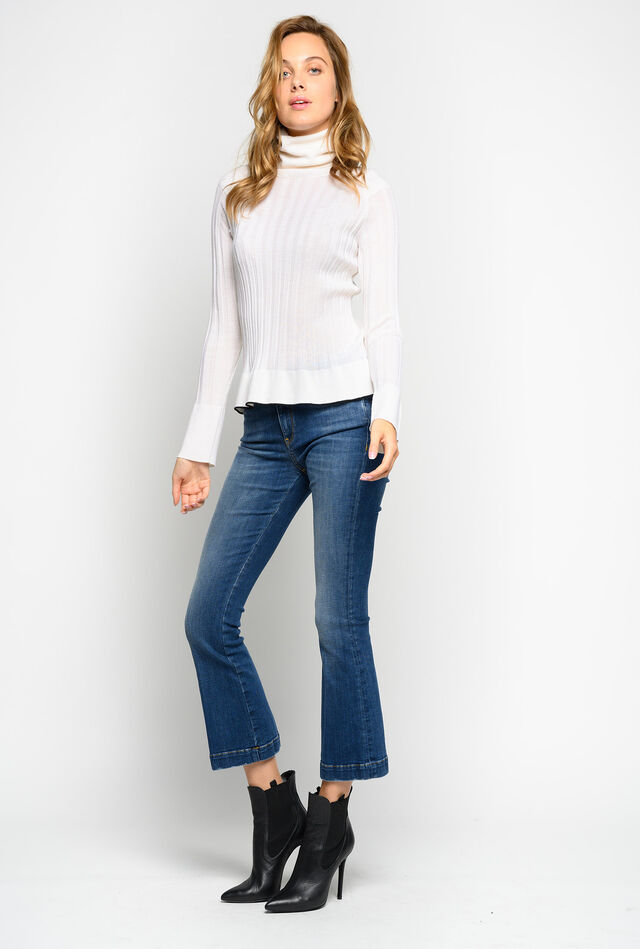 Flare jeans in stretch twill denim