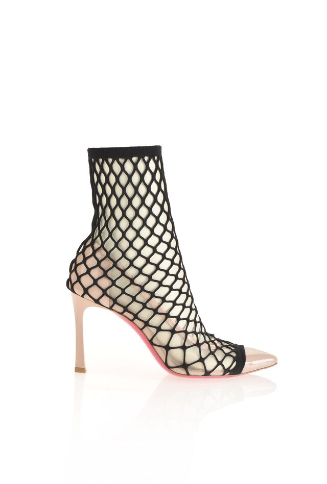 Patent leather pumps with fishnet socks 451ebca7b75
