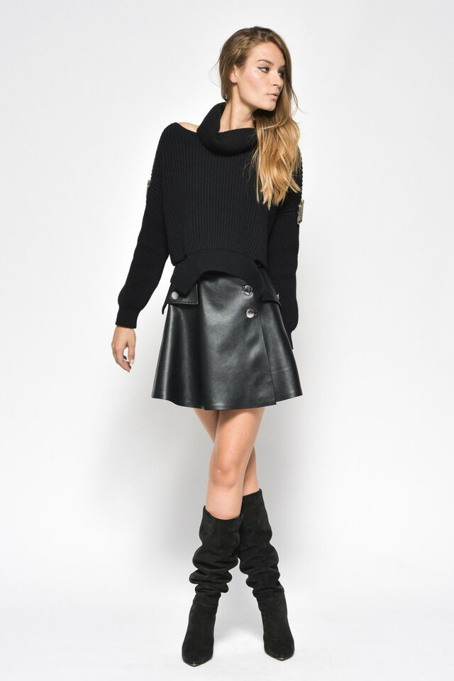 Wide mini skirt in faux leather