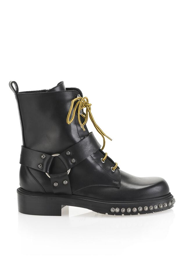 Leather commando boots with studs