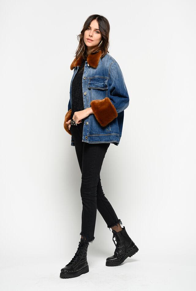 d471ac9e0d3aaf Giubbino jeans con dettagli in faux fur