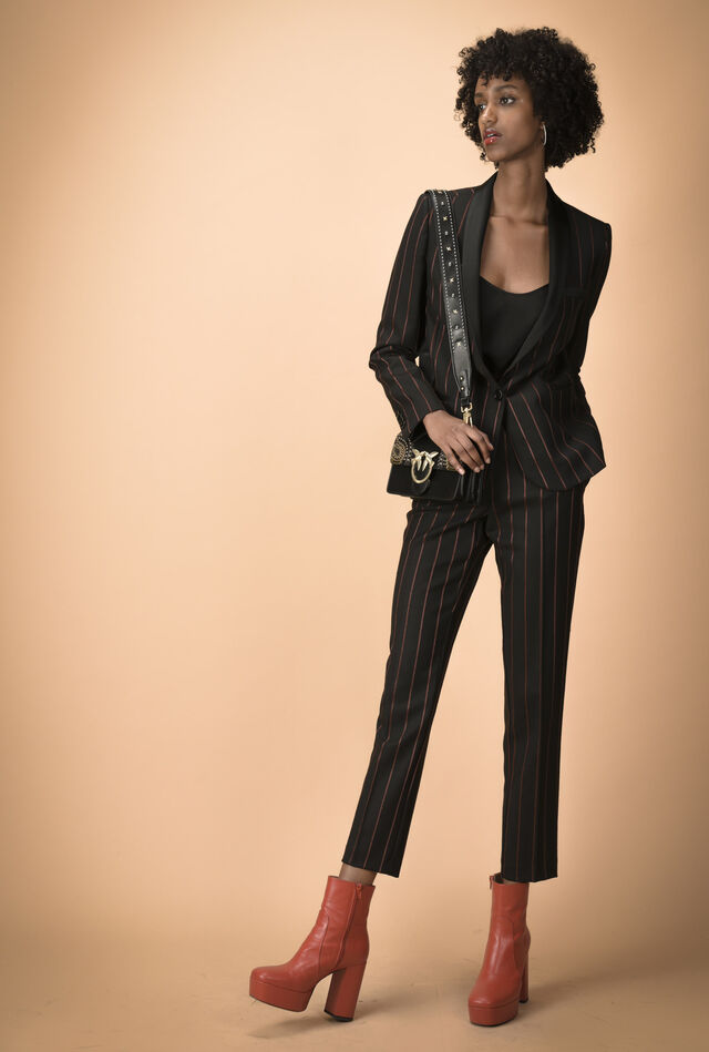 Single-breasted pinstriped blazer