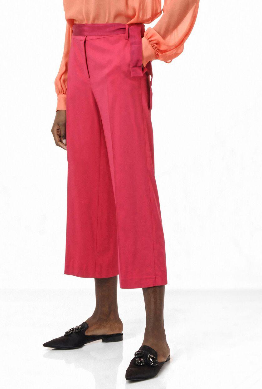 Trousers in stretch viscose twill