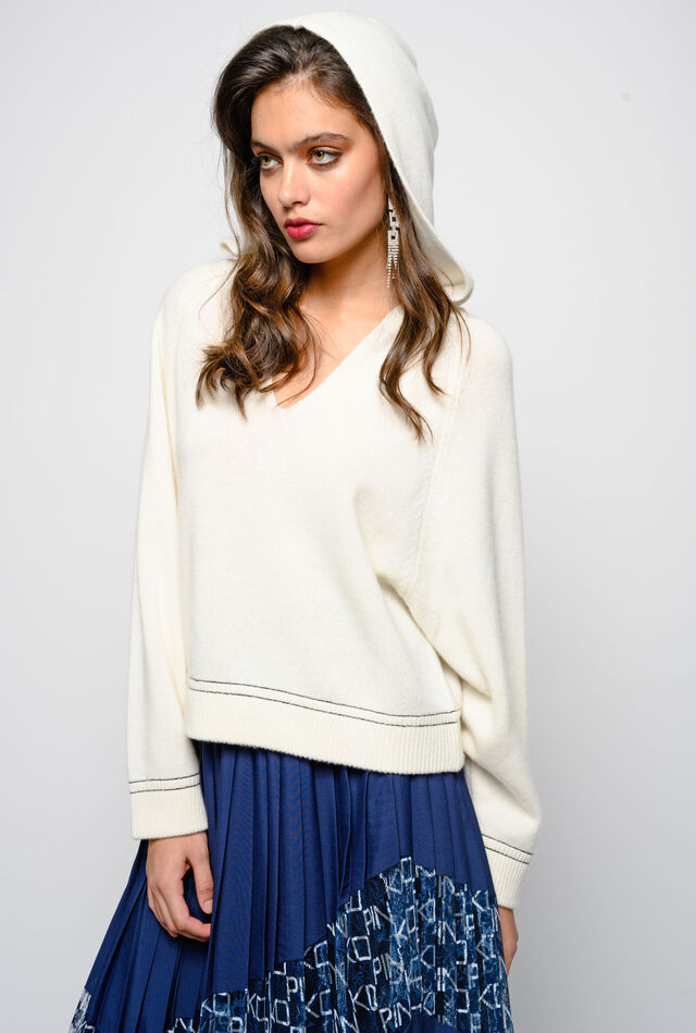Pure cashmere hooded pullover