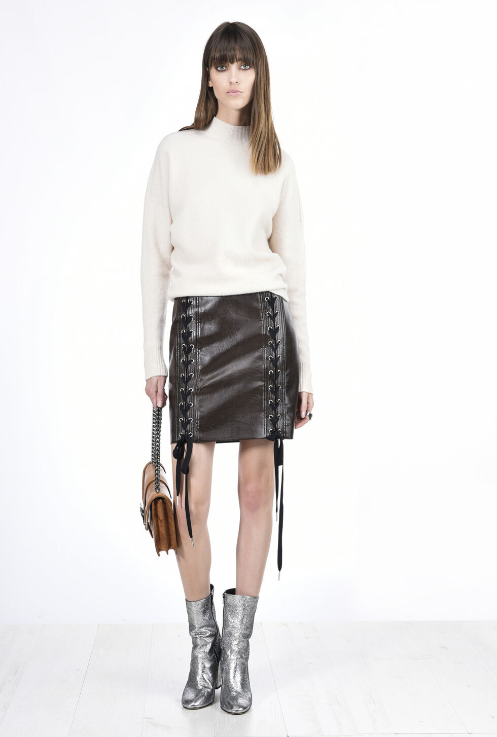 Vintage-effect faux leather skirt