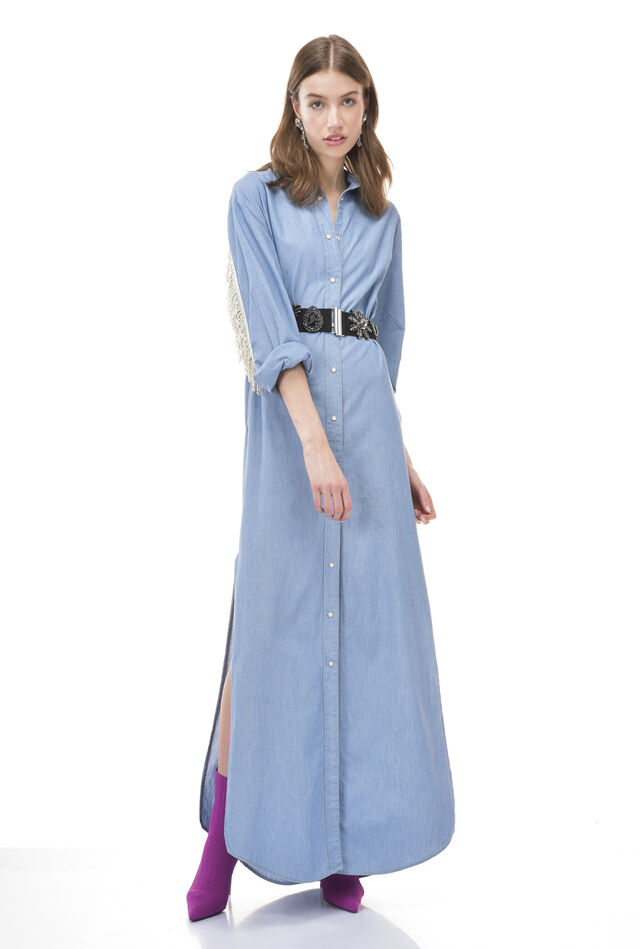 Shirt dress in cotton chambray