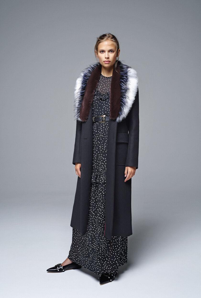 Broadcloth coat with fur collar