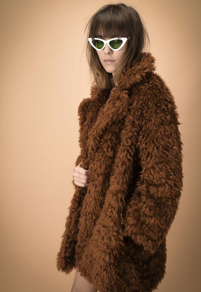 Fur 03