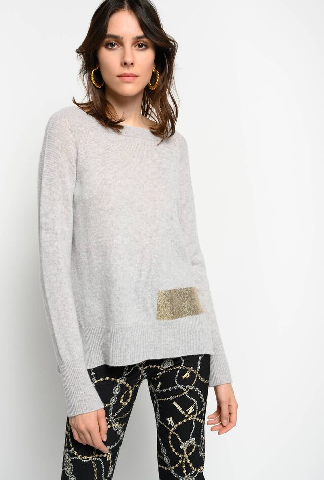 Pullover with metallic stripe