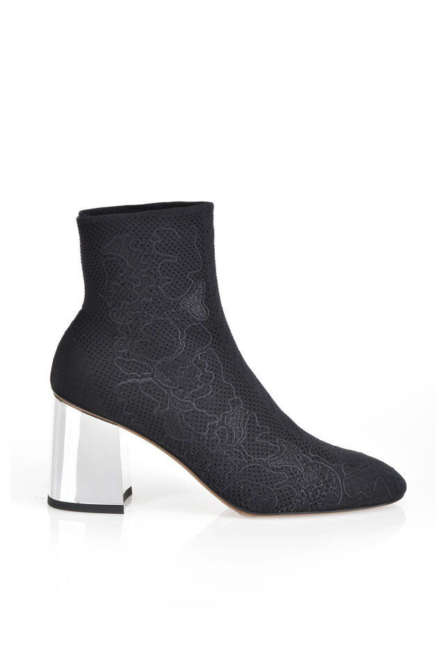 Stretch stocking ankle boots with lace embroidery