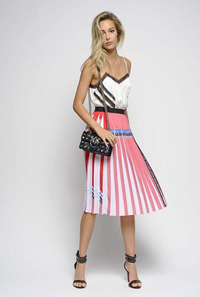 Pleated crepe de Chine and lettering print skirt