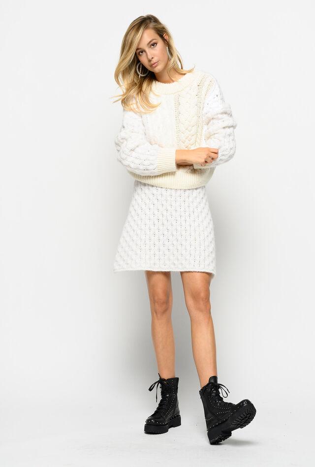 Minifalda de trenzas