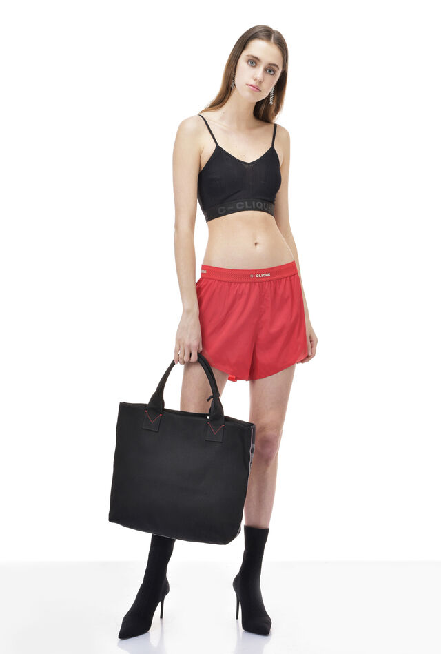 Shorts in technical parachute fabric