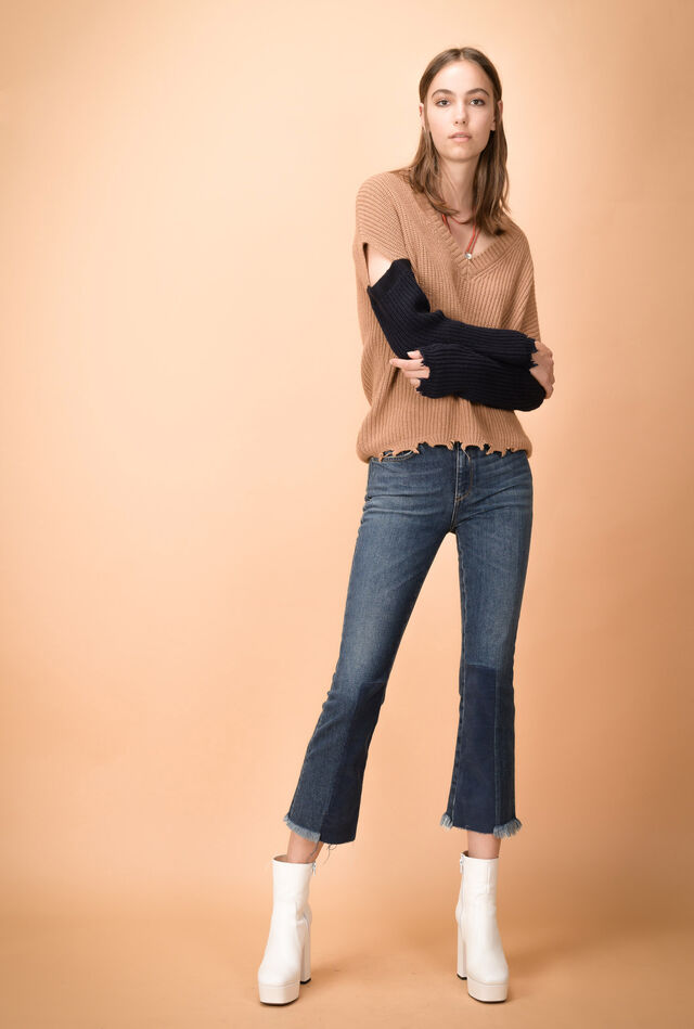 Jean cropped en denim confortable avec bords effilochés