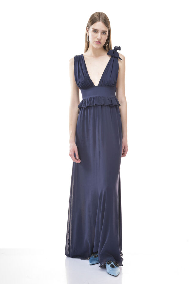 Maxi dress in creponne with V-neck