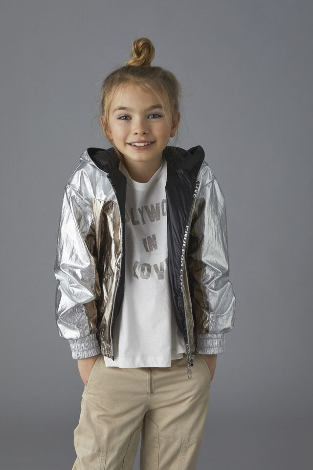 Rainproof jacket in metallic effect nylon