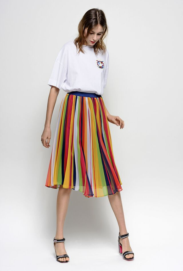 Pleated skirt in multicolour stripe print georgette fabric