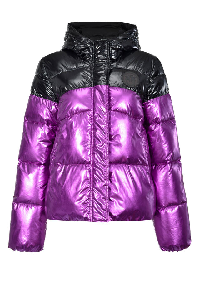 Laminated quilted coat