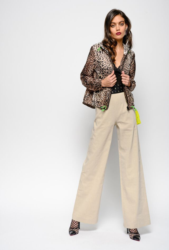 Wide leg trousers in linen and viscose fabric