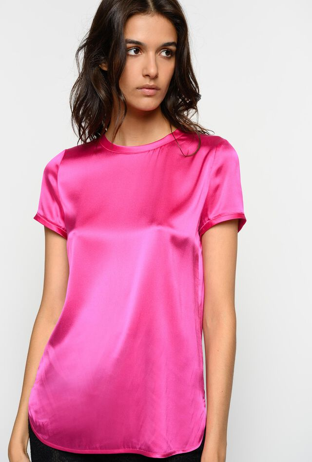 T-shirt in satin stretch